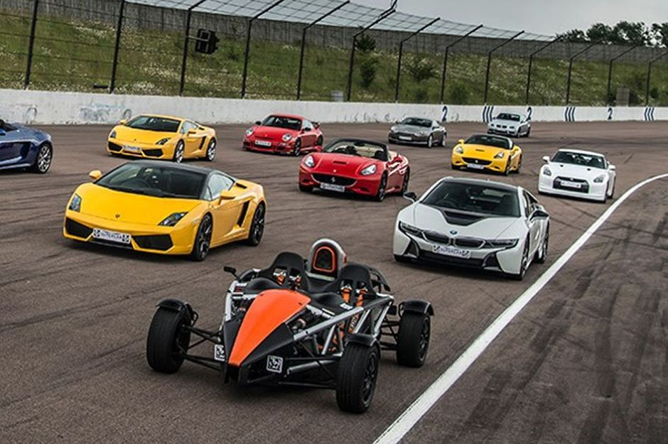 6 Supercars Driving Experience